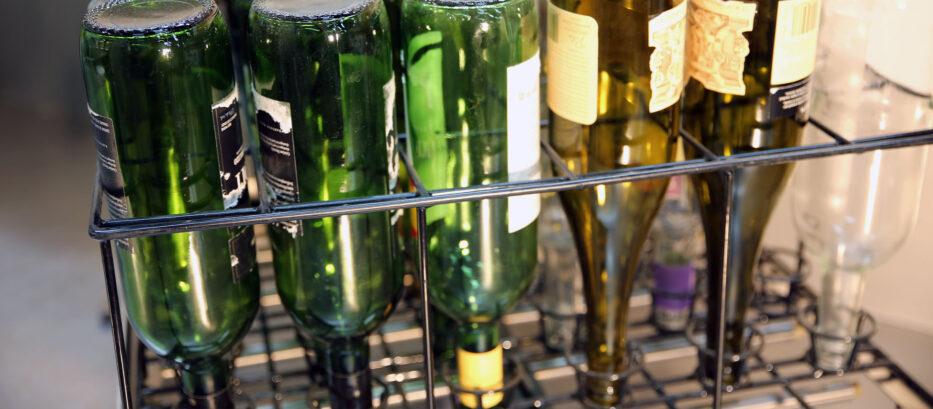Wine bottle washing rack system