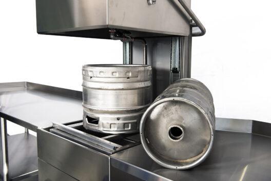 Microbrewery keg cleaning machine