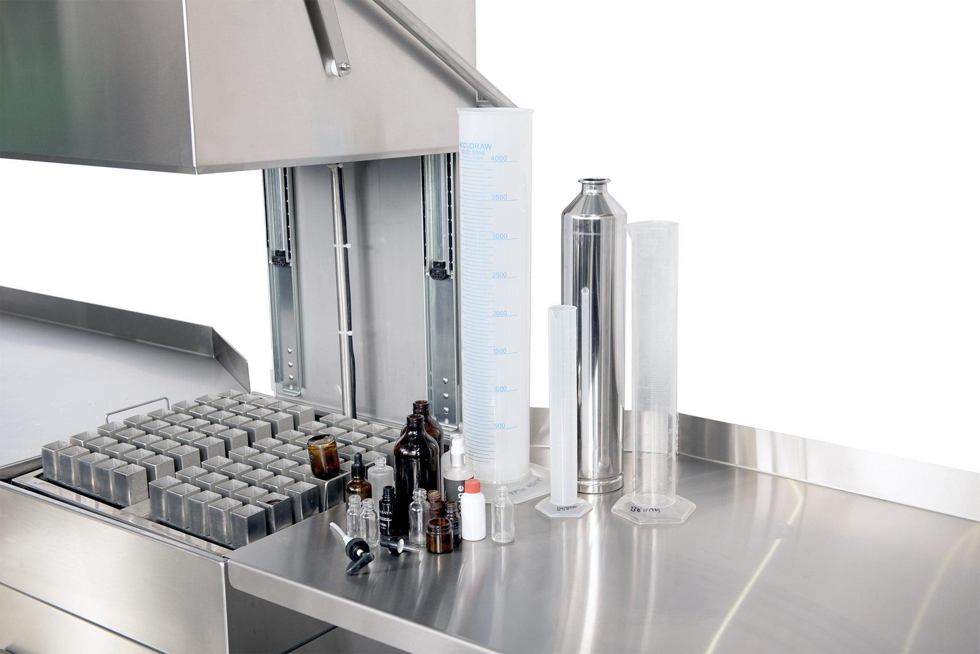 Lave bouteille de laboratoire